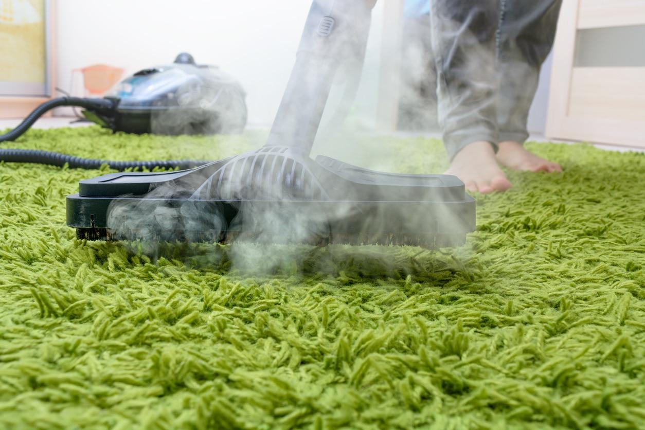 nettoyer à la vapeur un tapis