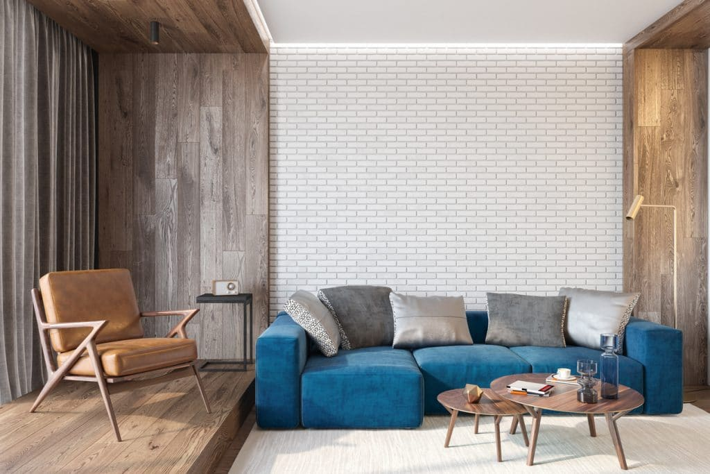 salon moderne avec mur blanc
