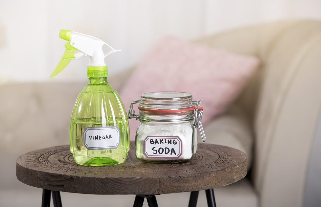Bicarbonate de soude - nettoyage canapé