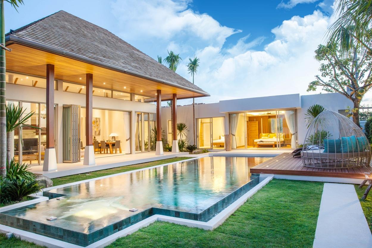 Belle villa avec intérieur design